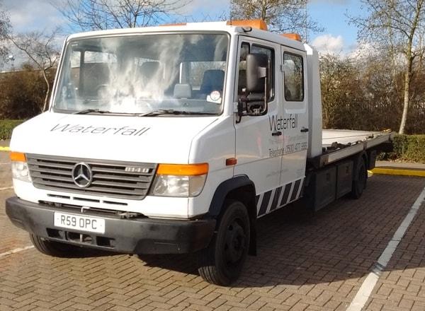 Mercedes 814 Vario 7.5 tonne Tilt & Slide for vehicle recovery in Wimbledon